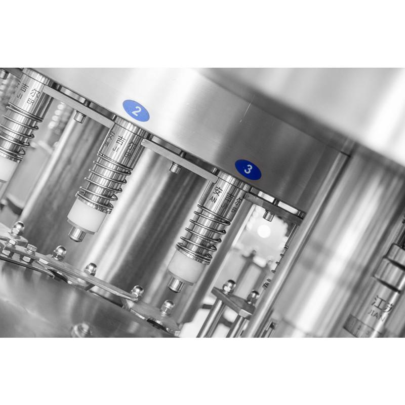 8000瓶/小时瓶装水灌装机